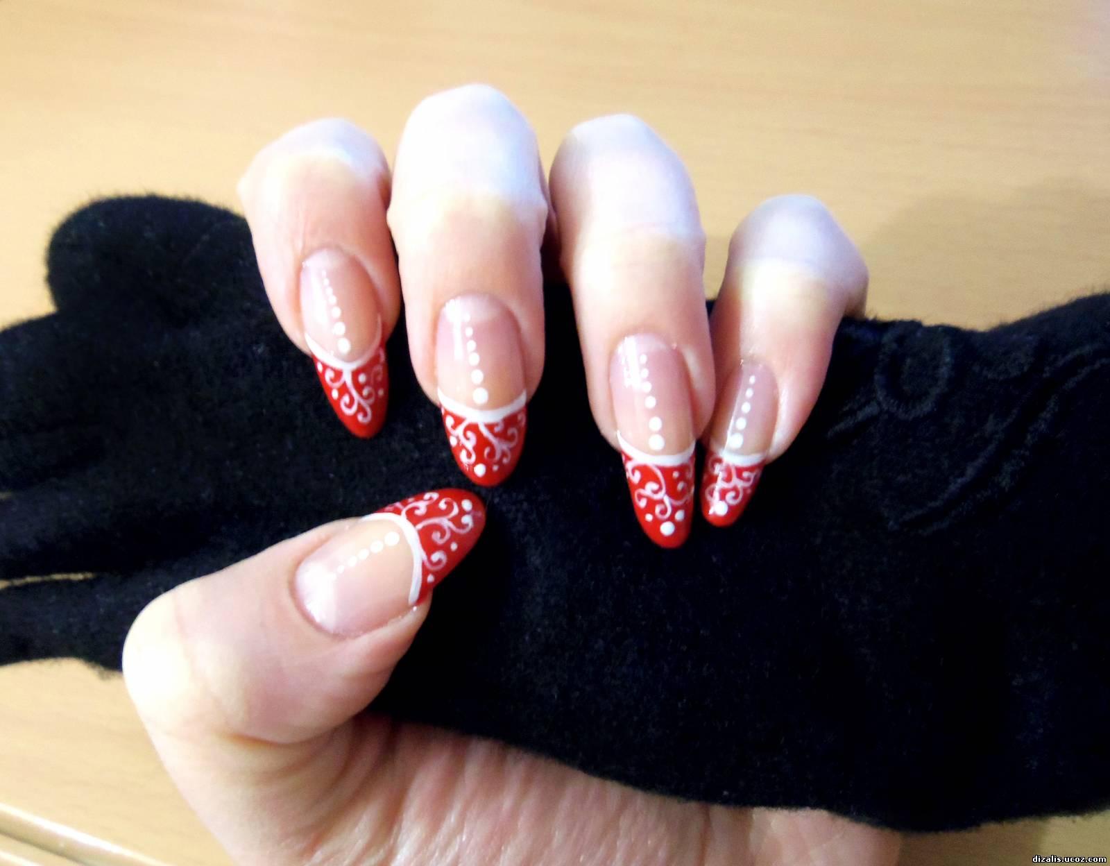 Фото ногтей с красно-белым рисунком